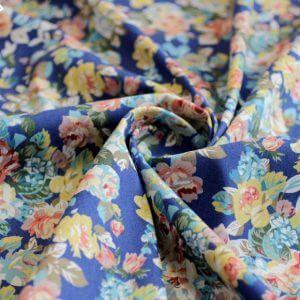 Ткань джинса «букет роза» цвет васильковый