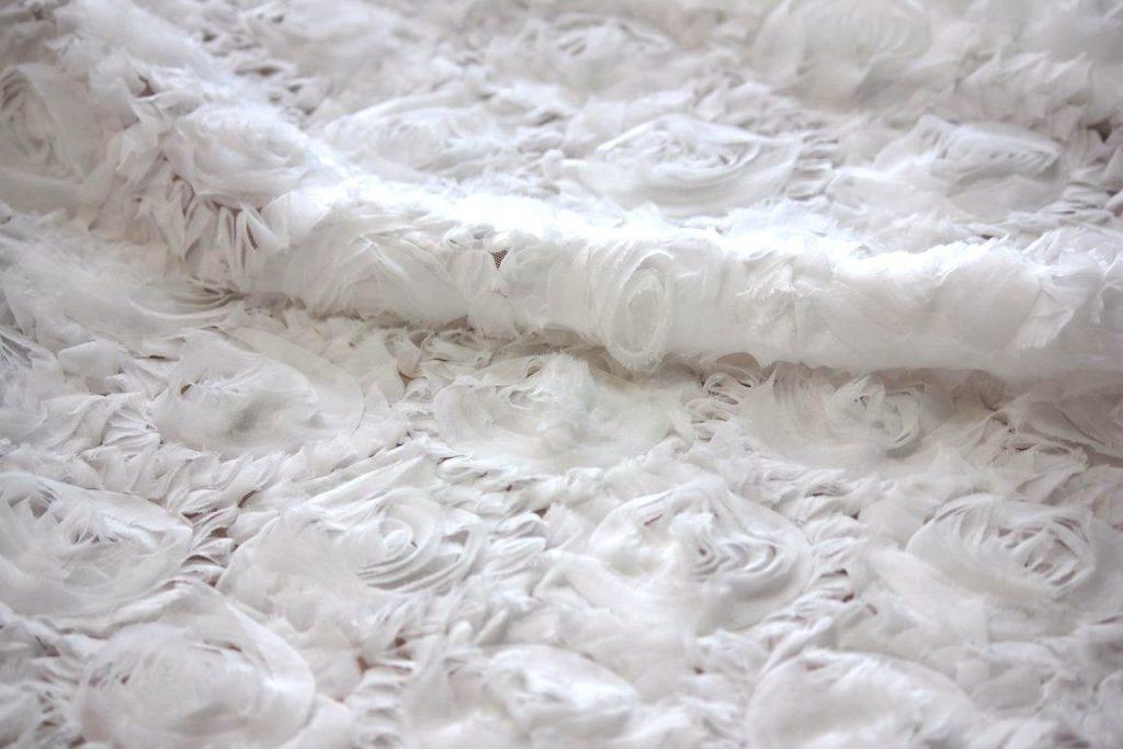Ткань сетка роза крупная цвет белый
