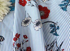 Ткань поплин васильки-маки цвет голубой