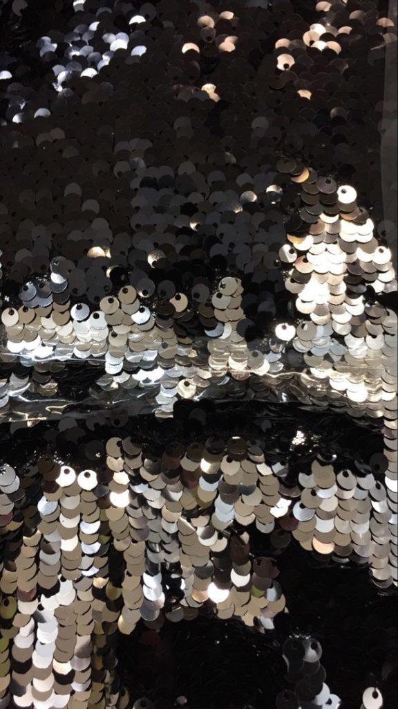 Ткань пайетки двухсторонние цвет чёрный/серебро