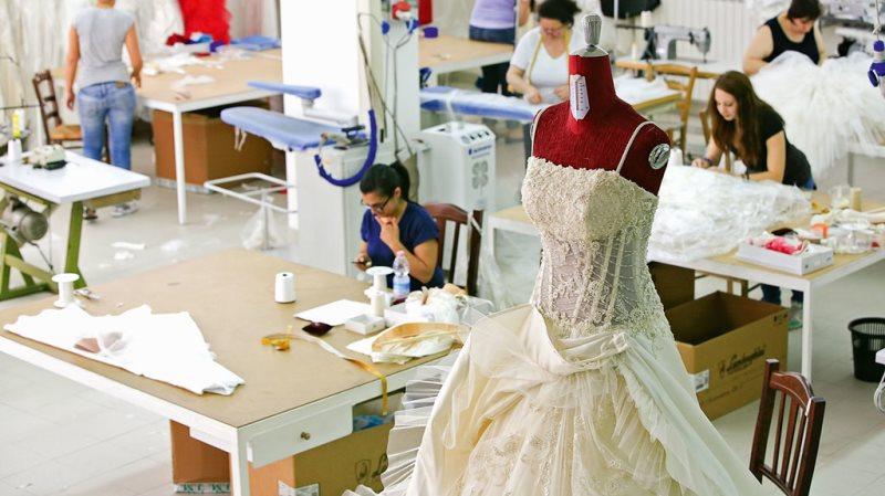 Из какого материала шить платье