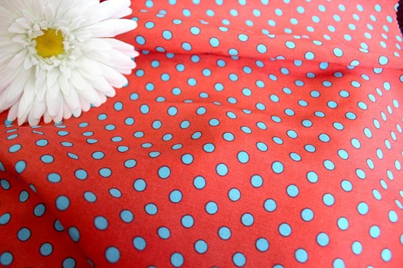 Штапель горох цвет красный