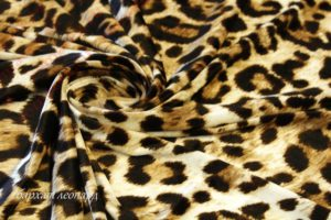 Ткань бархат леопард