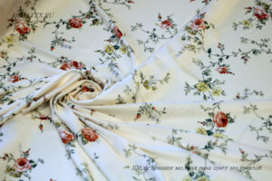 Ткань армани шелк мелкая роза цвет молочный